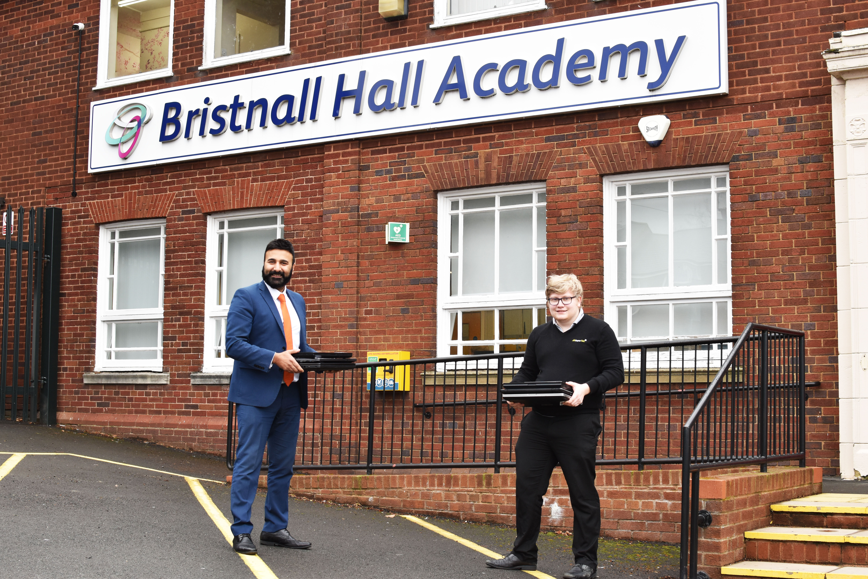 Kully Uppal, Principal, Bristnall Hall Academy. Toby Nicholls, Technician, Superfast IT - donating laptops